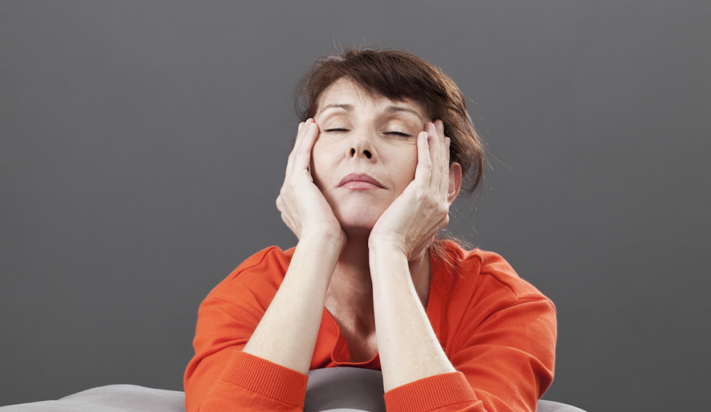 Hot flashes, anxiety, and mood swings can make everyday ...